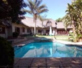 Photo 5 bedroom House For Sale in Kyalami for R 4 950...