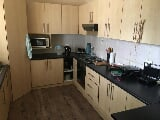 Photo 2 Bedroom Apartment in Central