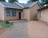 Photo 3 Bedroom House in Meyerton Park