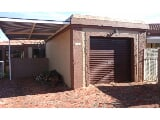 Photo 2 Bedroom Townhouse in Langenhovenpark