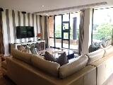 Photo 3 Bedroom Apartment in Sandton CBD