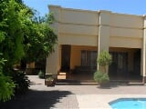 Photo 4 Bedroom House For Sale in Waterkloof AH