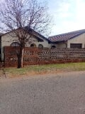 Photo 3 Beds 2 Baths 1 Garage Vosloorus House For Sale