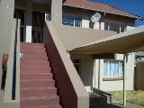 Photo 2 Bedroom Flat Linmeyer, Gauteng - South Africa