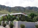 Photo 4 Bedroom House in Hermanus Heights