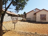 Photo 3 Bedroom House in Boitekong