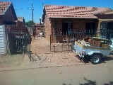 Photo 3 Bedroom House for Sale in Elandspoort
