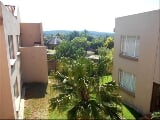 Photo 3 Bedroom Apartment in Garsfontein