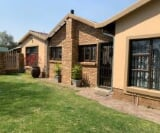 Photo 3 bedroom House For Sale in Secunda for R 1 750...