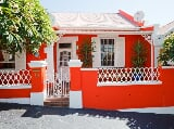 Photo 2 Bedroom Garden Cottage in Sea Point
