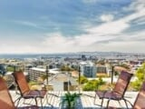 Photo Apartment For Sale In Green Point, Cape Town,...