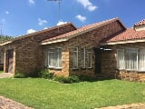 Photo 2 Bedroom Townhouse in Parys