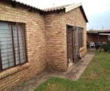 Photo 3 bedroom House For Sale in West Rand Cons...