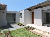 Photo 2 Bedroom Mansion/Villa in Zimbali