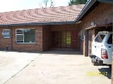 Photo 9,300m² Small Holding For Sale in Rand Collieries