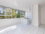 Photo Flat for Sale. R 795 000: 2.0 bedroom flat for...