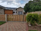 Photo 4 Bedroom House For Sale in Gouritsmond,...