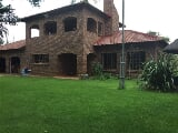 Photo 4 Bedroom House in Strydfontein and surrounds