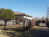 Photo 3 Bedroom House in Meyerton