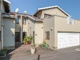 Photo 3 Bedroom Simplex in Durban North