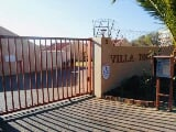 Photo 2 Bedroom Apartment in Sunninghill
