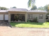 Photo 3 Bedroom Townhouse For Sale in Uvongo,...