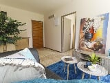 Photo 2 Bedroom Apartment in Johannesburg