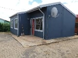 Photo 3 Bedroom House for sale in Blomanda