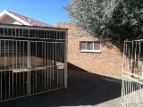 Photo Neat, spacious, 1 bedroom flat to rent in...