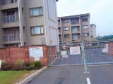 Photo Flat for Sale. R 630 000: 2.0 bedroom apartment...