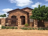 Photo 3 Bedroom House in Lethlabile