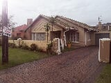 Photo 3 Bedroom House in Lenasia