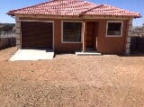 Photo New gap 2bedroom house with garage for sale,...