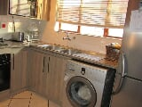 Photo 2 Bedroom Townhouse For Sale in Mondeor