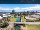 Photo 4 Bedroom Apartment in Durban Central