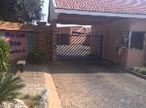 Photo Townhouses for sale - Rustenburg North West