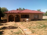 Photo 4 Bedroom House in Freemanville