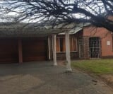 Photo 3 bedroom House For Sale in Arcon Park for R...