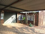 Photo 3 Beds 2 Baths 2 Garages Theresapark House For...