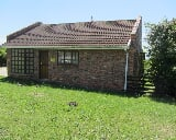 Photo 1 Bedroom House in Port Alfred Central