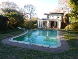 Photo 2 Bedroom House For Rent in Constantia, Cape...