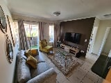 Photo 2 Bedroom Sectional Title For Sale in Clarina,...
