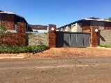 Photo 2 Bedroom House in Pretoria North