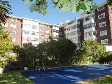 Photo 1 Bedroom Apartment in Rondebosch