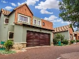 Photo Townhouses for sale - Bronberg Pretoria Gauteng