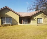 Photo 3 bedroom House For Sale in Carolina for R 700...