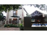 Photo House for Sale. R 3 050 -: 3.0 bedroom house...