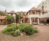 Photo 1 bedroom House For Sale in Musgrave for R 900...