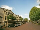 Photo 1 Bedroom Apartment For Sale in Bryanston