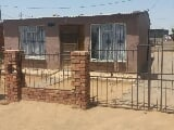 Photo 2 Bedroom House for sale in Thabong